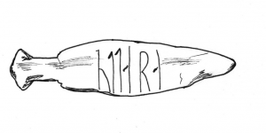 A carved reindeer bone from a midden at Sumtangen (author's own illustration). The runic inscription reads 'ottar a' (Óttár owns [this]). These name tags with a personal name and the verb 'a' are commonly found in middens in Norwegian towns (Indrelid and Hufthammer 2011, 45).