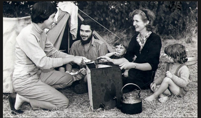 Figure 1: Allchin (right) with her husband, children (Sushila and William) and colleague in 1956. Children did not hamper Allchin's passion for fieldwork, there are tales of her leaving them in baskets on the hillside whilst collecting stone tools, despite warnings from locals about leopards (Coningham 2017).