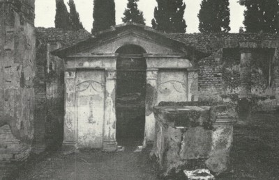 Figure 2. The Pompeiian Nilometer (after Wild 1981, Plate V.2).