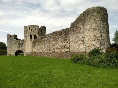 Figure 2. View from outside the grounds of Trim Castle (Image: Author's own).